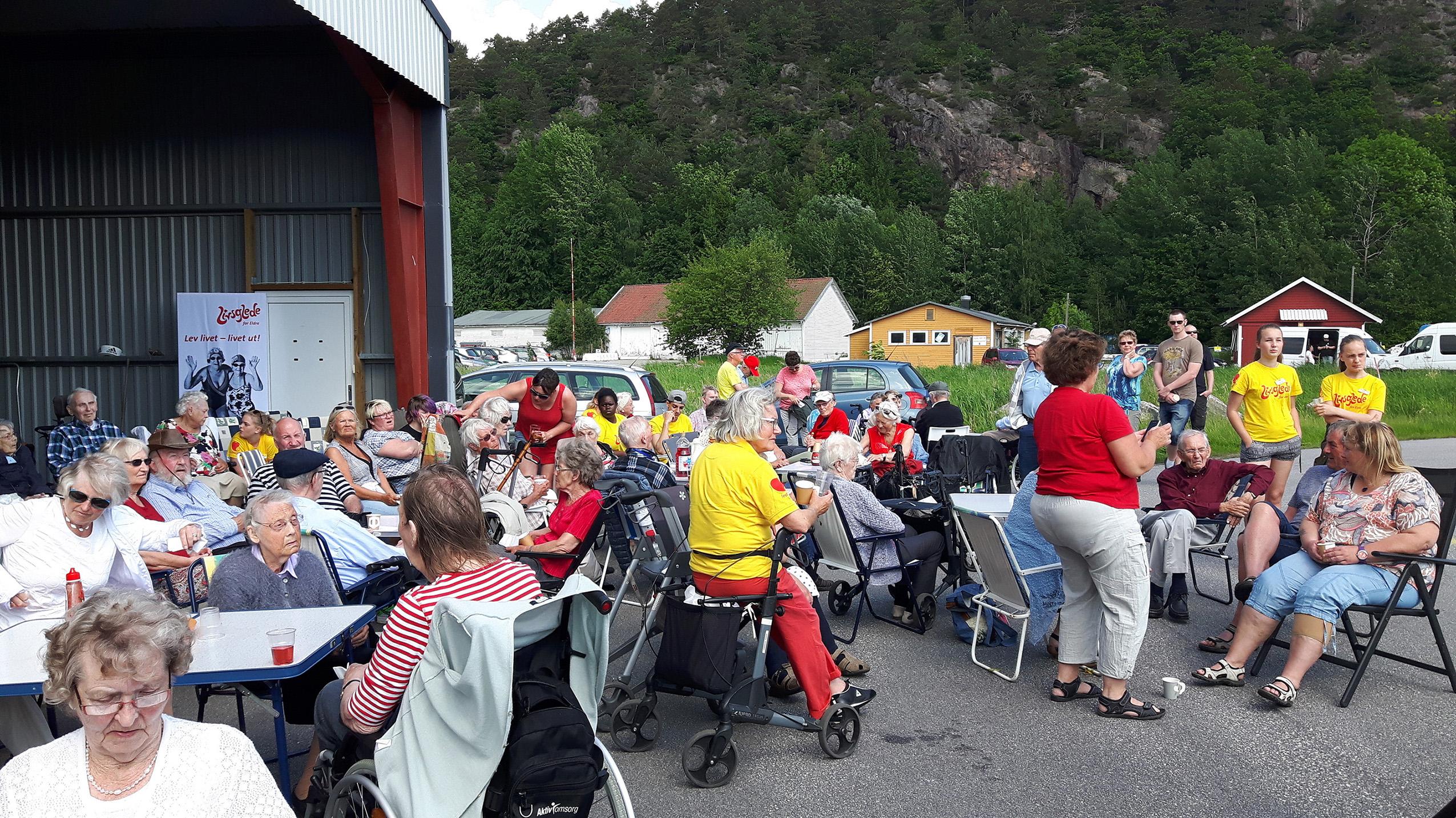 Livsgledeuka i Grimstad 2016, Kjevik flyplass