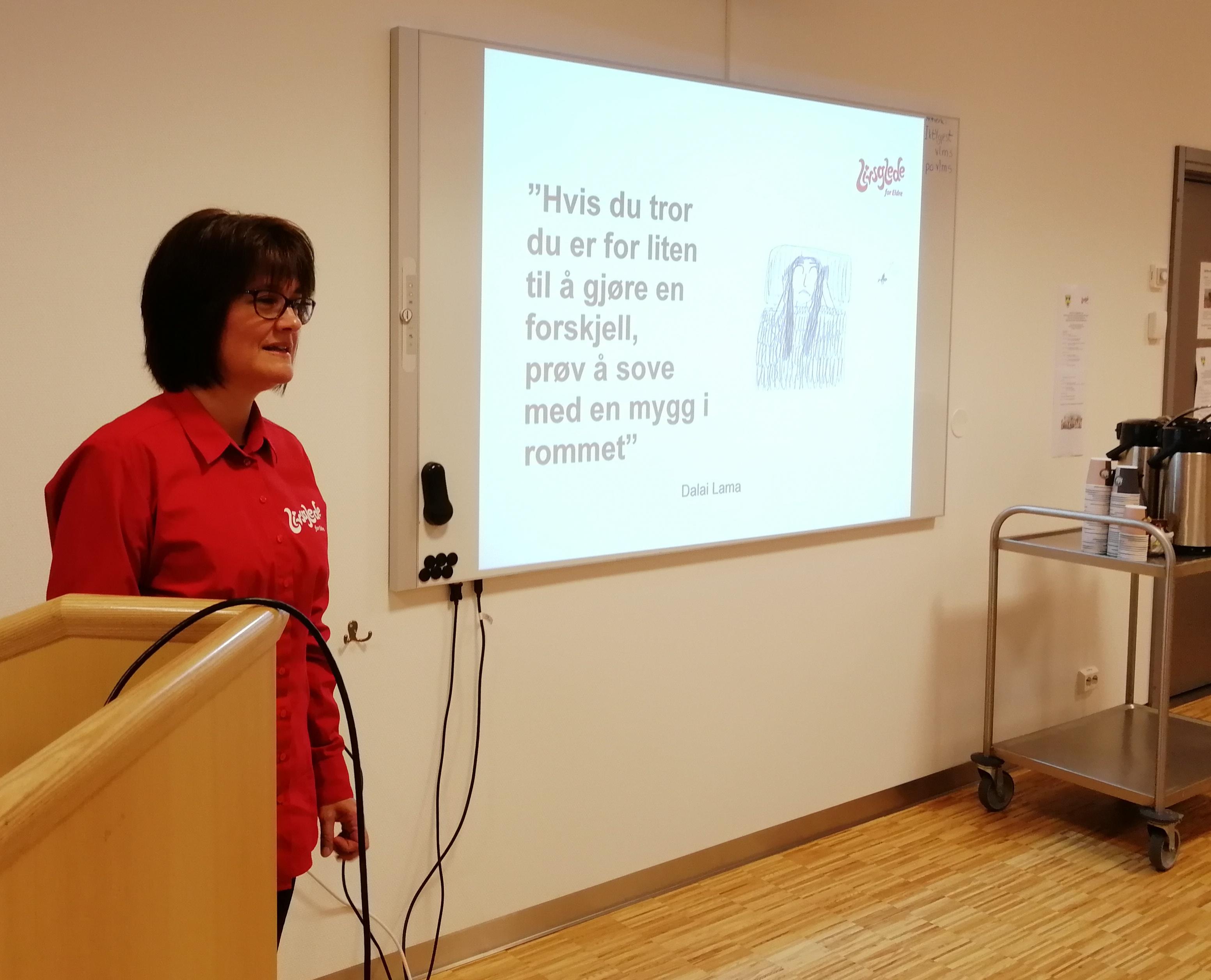 Veileder og sertifisør Anne Grasbakken fortalte om hvor mye inntrykk én liten mygg kan gjøre.