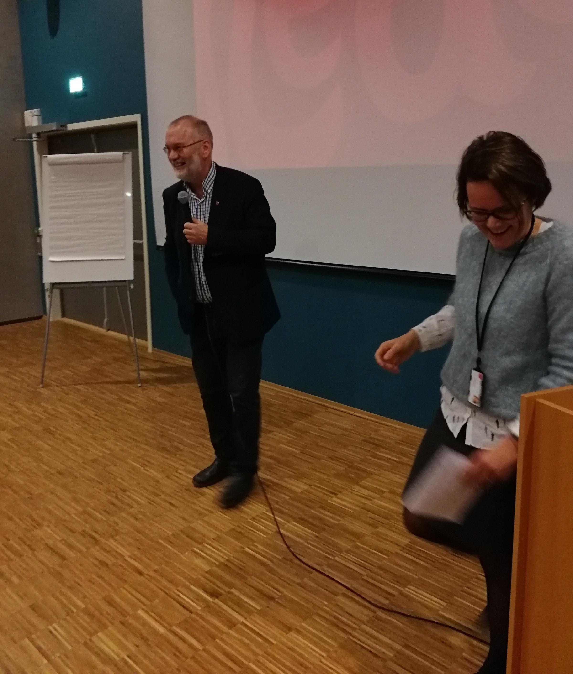 Varaordfører Geir Ketil Hansen og kommunalsjef Heidi Eriksen Laksaa