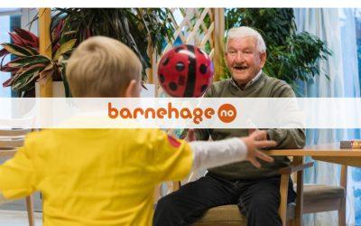 Knytter bånd på tvers av generasjoner: – Barna får kjenne på gleden av å glede andre