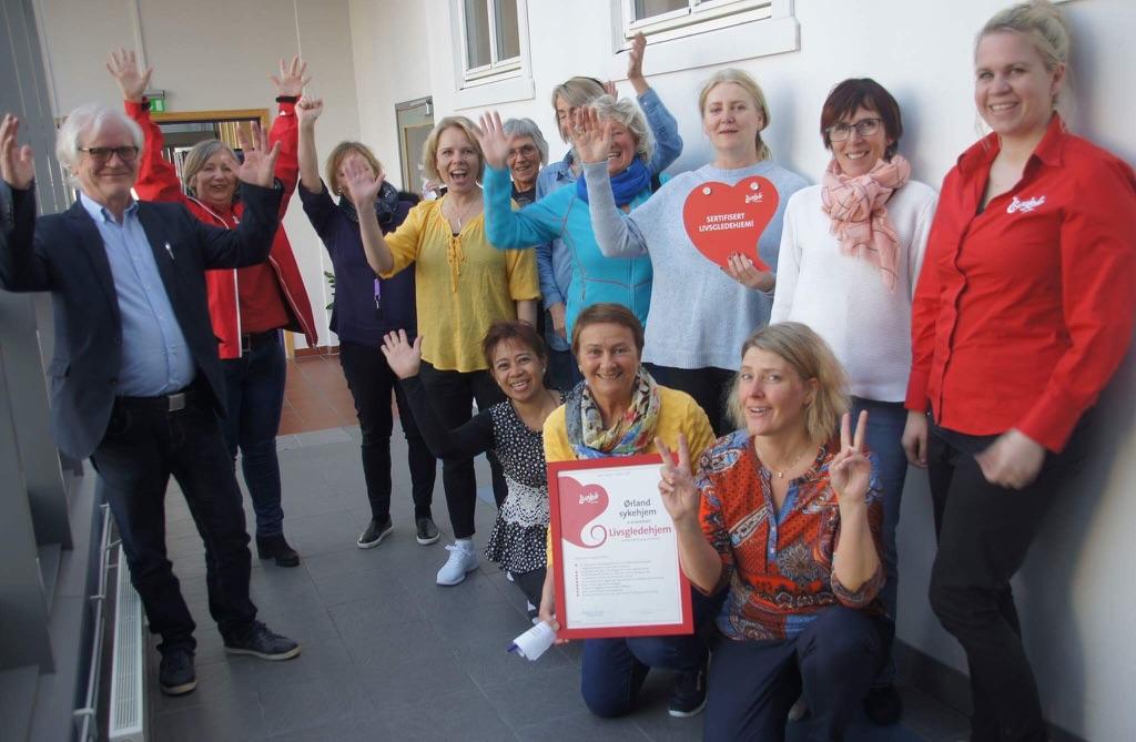 Livsgledegruppa og ledelsen ved Ørland sykehjem på sertifiseringsdagen
