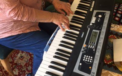 Allsang og vafler i gamlestua