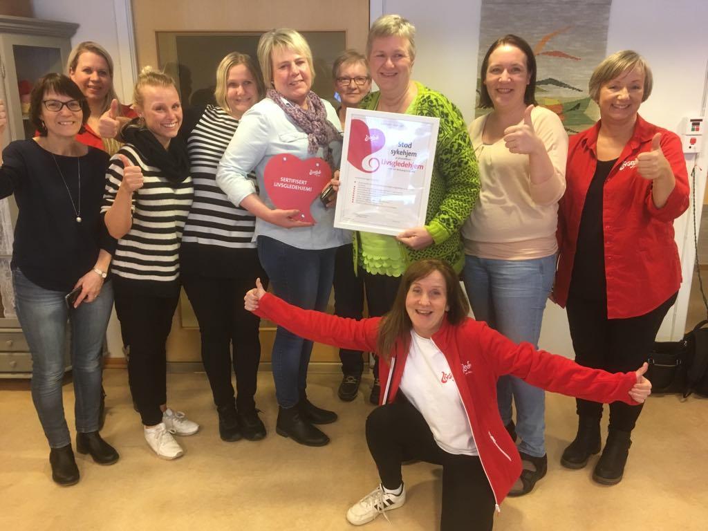 Livsgledegruppa ved Stod sykehjem i Steinkjer etter gjennomført sertifiseringsdag